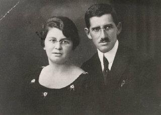 Regina's parents, Pola and Isak.