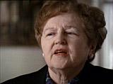 팻 린치(Pat Lynch). 팻은 다하우 보조 수용소에서 생존자들을 간호하였던 경험에 관하여...