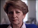 루스 베버(Ruth Webber). 루스는 전쟁이 끝나고 그녀가 크라쿠프의 고아원에서 머물...