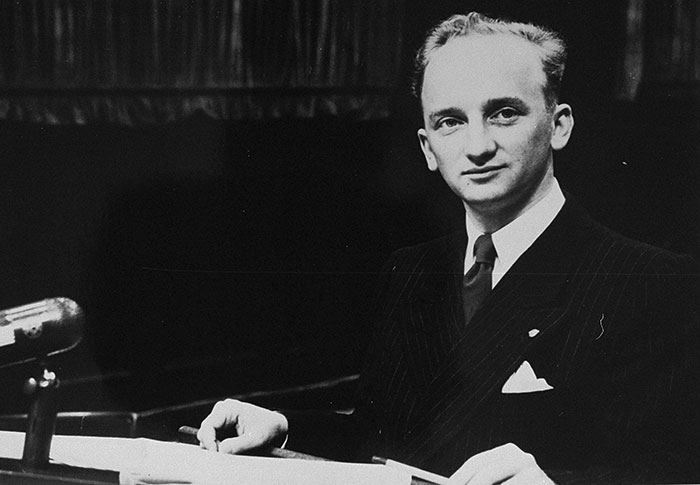 Benjamin Ferencz at the Einsatzgruppen Trial.