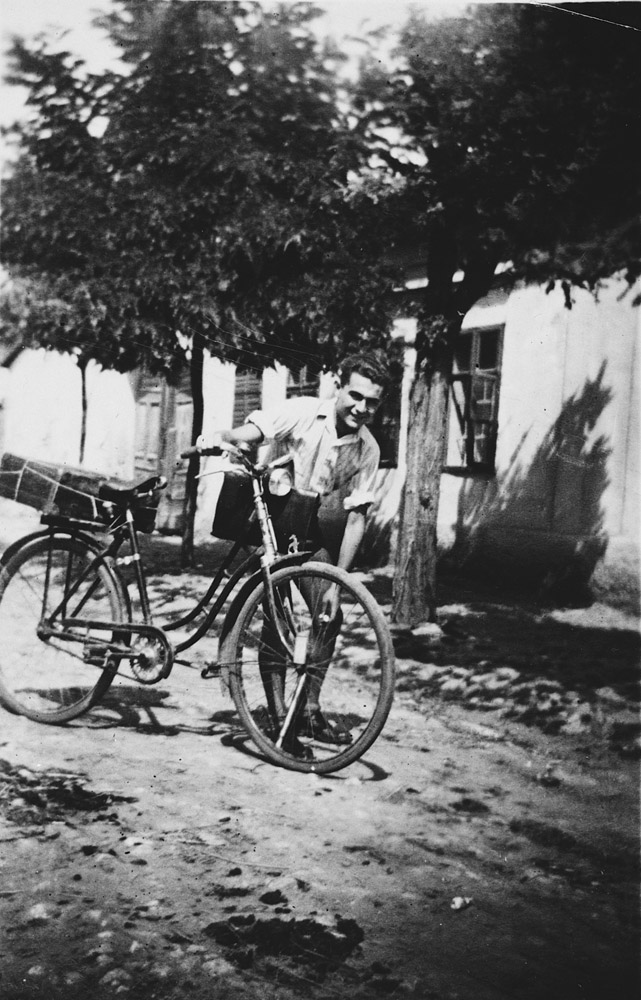 Pál Ornstein rode his bicycle more than 60 miles to visit his girlfriend, Anna Brunn, in wartime Hungary. 1943.
