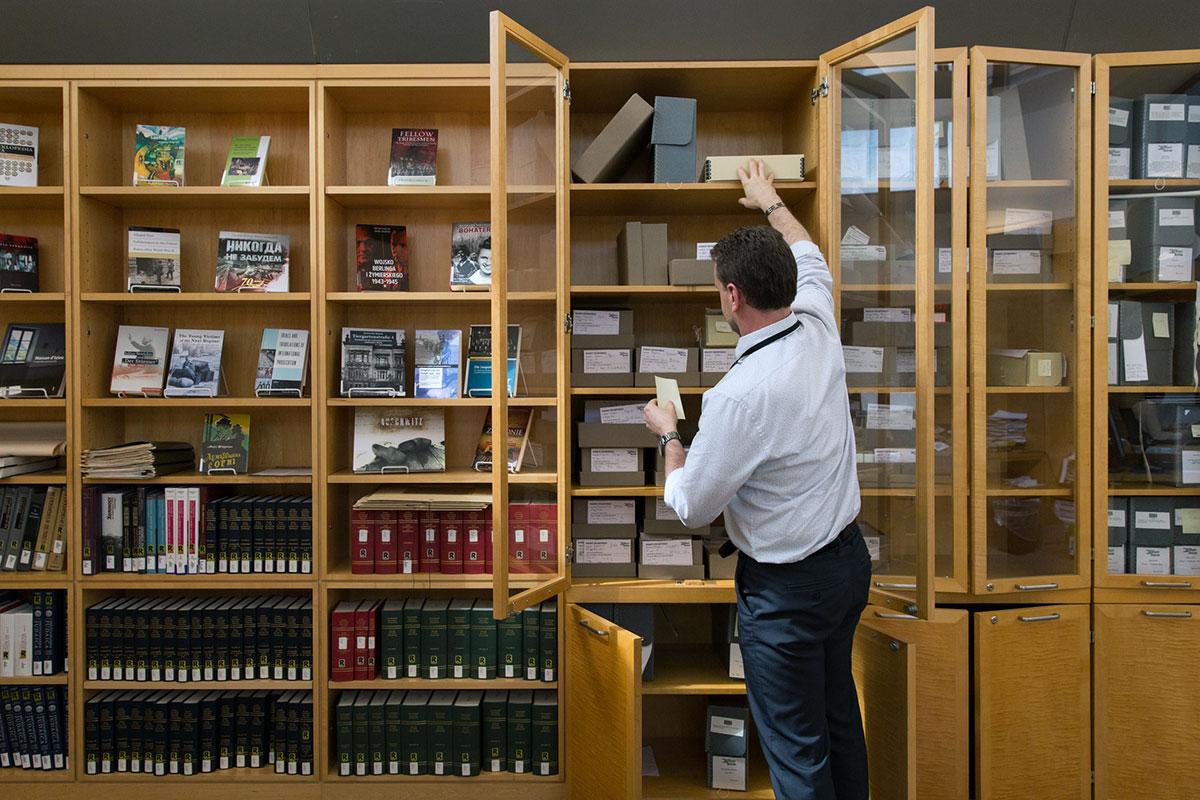 reading room policies united states holocaust memorial museum