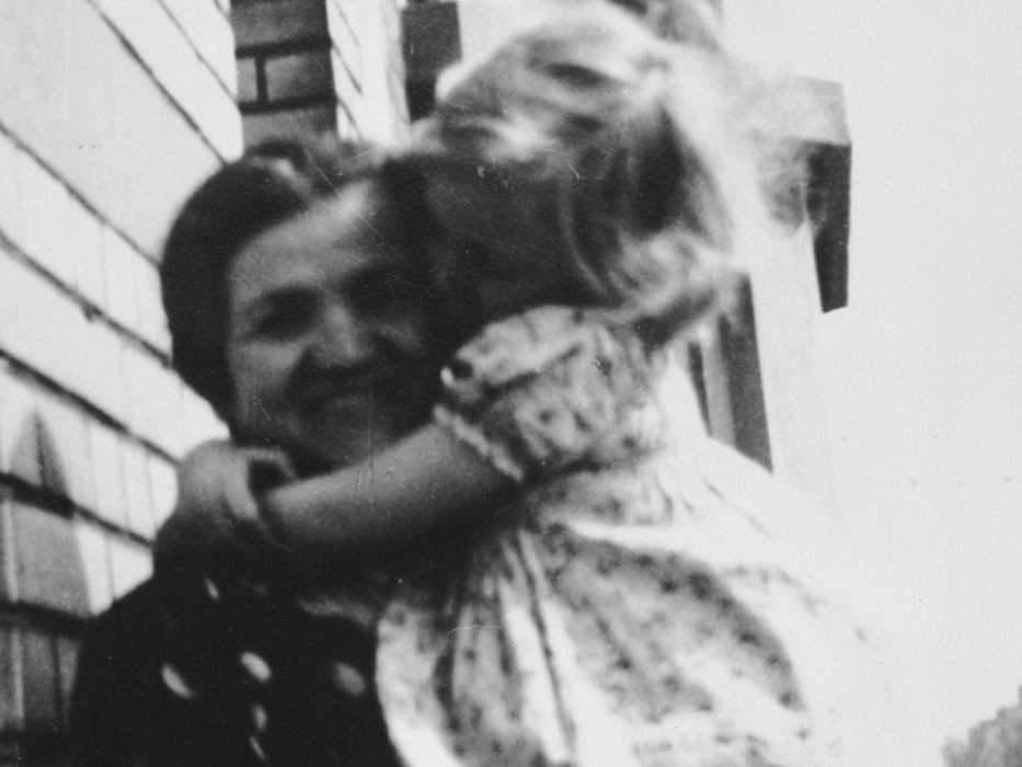 Rivke Orenbuch holds her young granddaughter, Josiane Aizenberg, circa 1941.