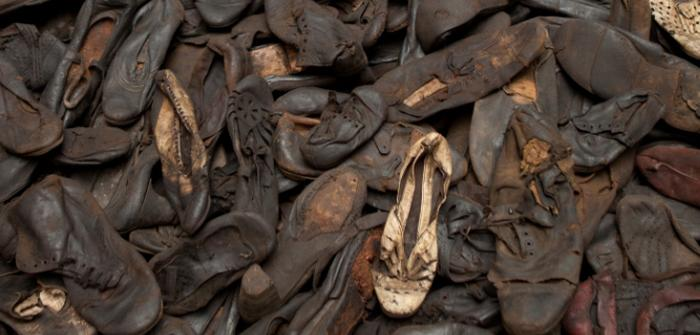 the holocaust how it changed The holocaust has changed history because it was a time period when there was tense rivalry between countries, there were many contraction camps and many life's were lost then answer  one .