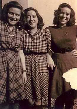 The three sisters who survived Auschwitz. From left to right: Hermine, Blanche, Irene (Safran). Liberec, Czechoslovakia, ca. 1946.