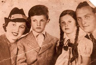 Family portait of Agnes (second from right), her mother (left), brother (second from left), and father (right). Budapest, Hungary, 1938.