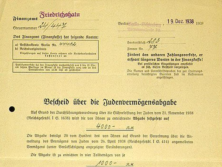 This document, issued by the Finance Office in Friedrichshain, states that the tax assessment for Dr. Norbert Landecker is set at 4000 Reichsmarks and is to be paid in four installments.
