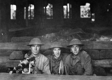 American soldiers during a lull in fighting. France, 1917–18.