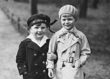 Fritz (left) and his friend Rolf Schmidt-Gentner (right).