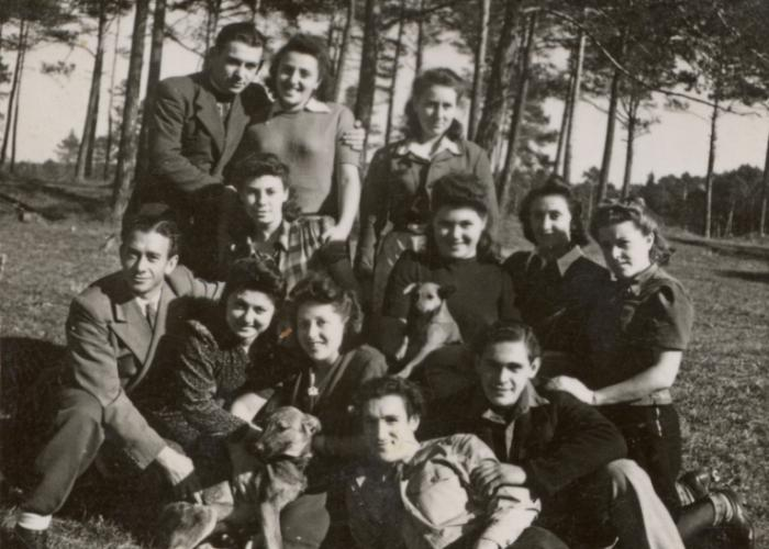Group portrait of young people in the Foehrenwald displaced persons' camp. Shulamit Perlmutter is pictured in the middle row, third from the right.