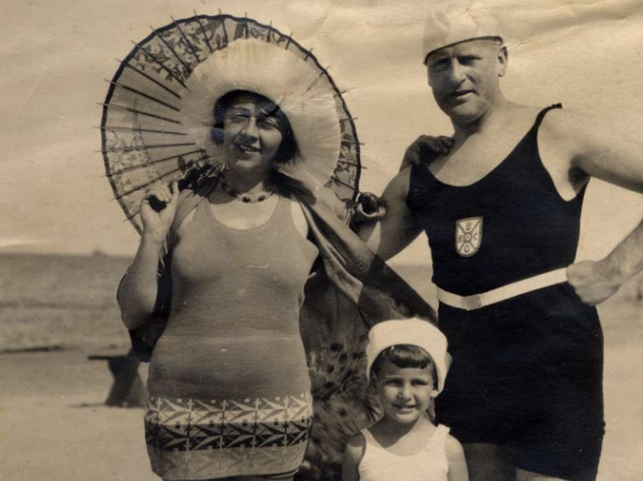 Gerald Liebenau and his parents vacation on the beach in Narva Joesuu, Estonia.
