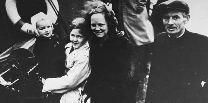 Jewish refugees are ferried out of Denmark aboard Danish fishing boats bound for Sweden.