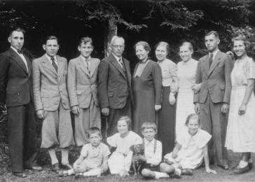 Wolfgang Kusserow, standing third from the left in the last portrait taken of the family, was one of eleven children of Frans and Hilda Kusserow, devout Jehovah's Witnesses.