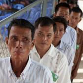 Cambodians arrive from all parts of the country to observe the tribunals. October 2012.