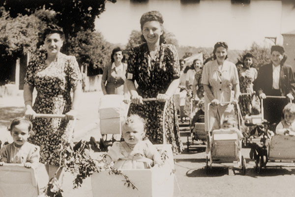 Life Reborn: Jewish Displaced Persons 1945–1951
