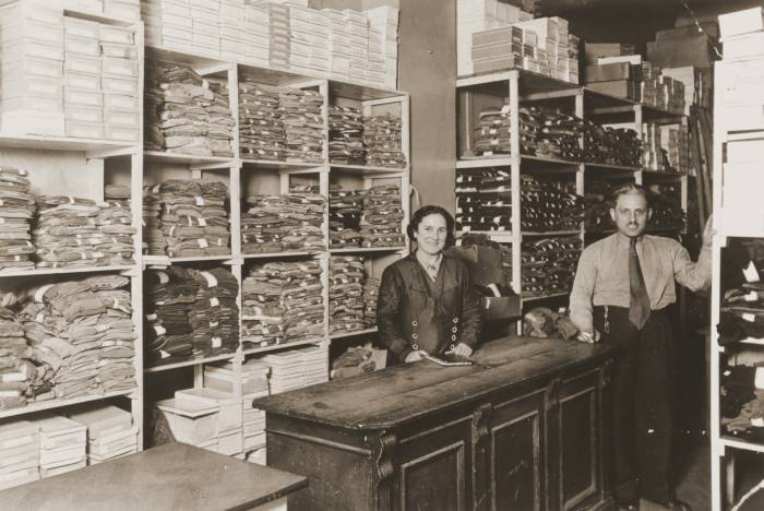 Prewar photograph of Jewish business owners David and Janka Penner in their dry goods store.  In 1940 David and Janka left Berlin, going to Belgium and France. They were then interned separately by the French police before escaping to North Africa. Berlin, Germany, 1932–1928,