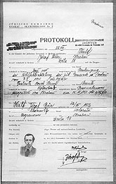 "Joseph Wulf's registration form with the local authority in occupied Krakow, August 22, 1940.  He lists his occupation as ""agronomist."""
