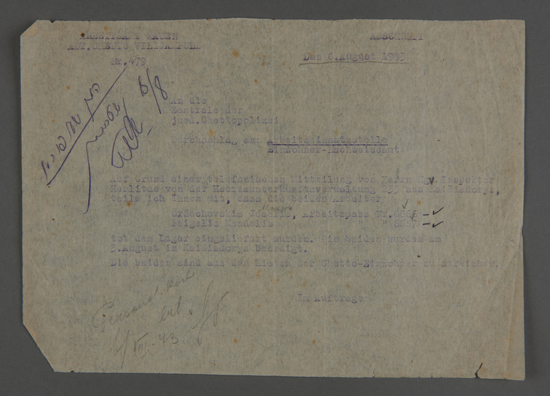 1995.89.414 front Report issued by the Kovno Labor Office to the Jewish Ghetto Police relaying news of the death of two Jewish laborers