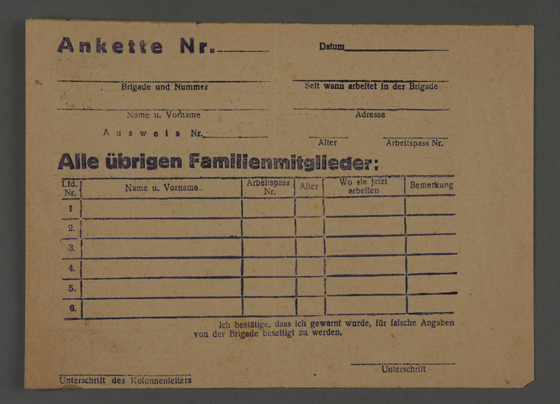 1995.89.621 front Registration form issued to work brigade members in the Kovno ghetto for identification of their relatives