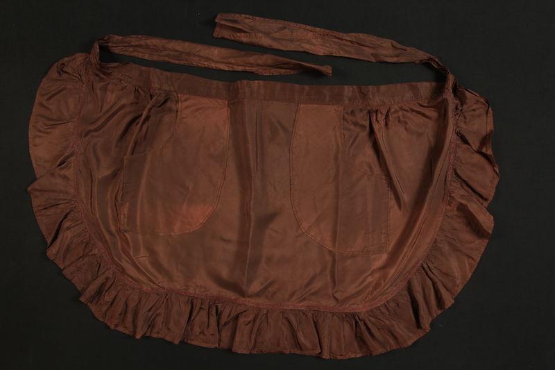 1989.311.5 front Apron worn by a German Sinti woman