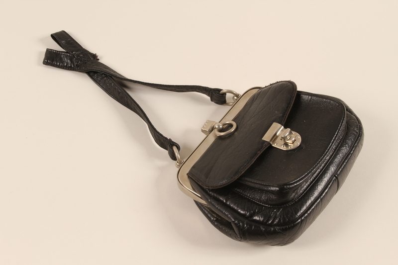 1989.311.7 front Purse used by a German Sinti woman