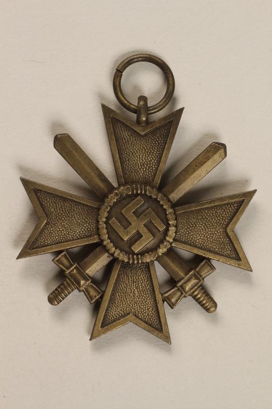 1996.163.3 front War Merit Cross