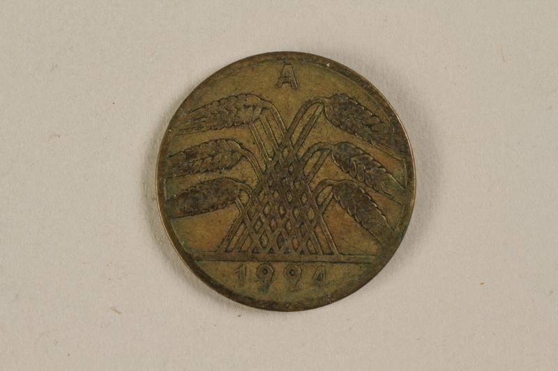 1996.163.4 front Fake German coin, 10 Reichpfennig 1994