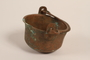 Small pot used by a Romanian Romani as an advertisement for larger pots