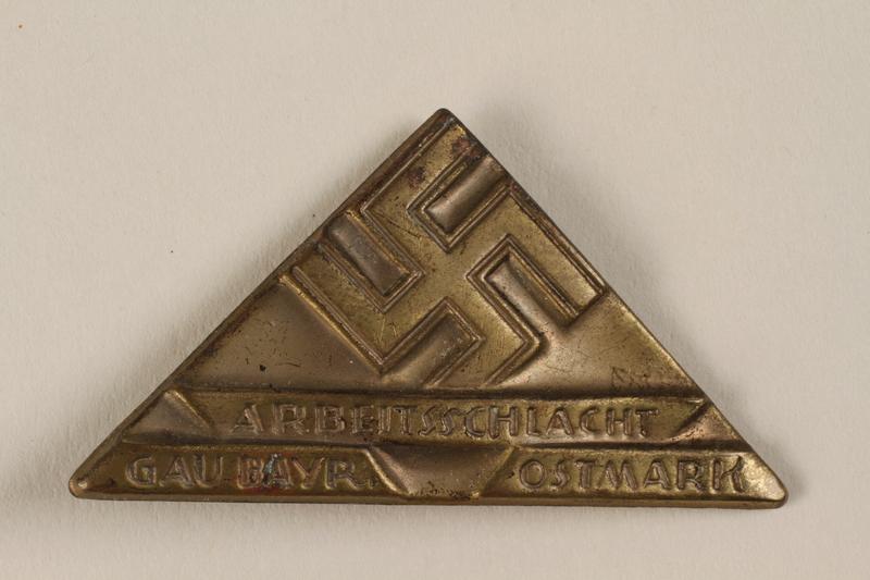 1996.75.21 front Nazi labor service badge