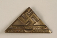 1996.75.21 front Nazi labor service badge  Click to enlarge