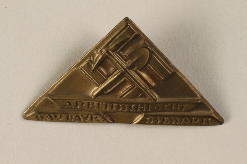 1996.75.23 front Nazi labor service badge