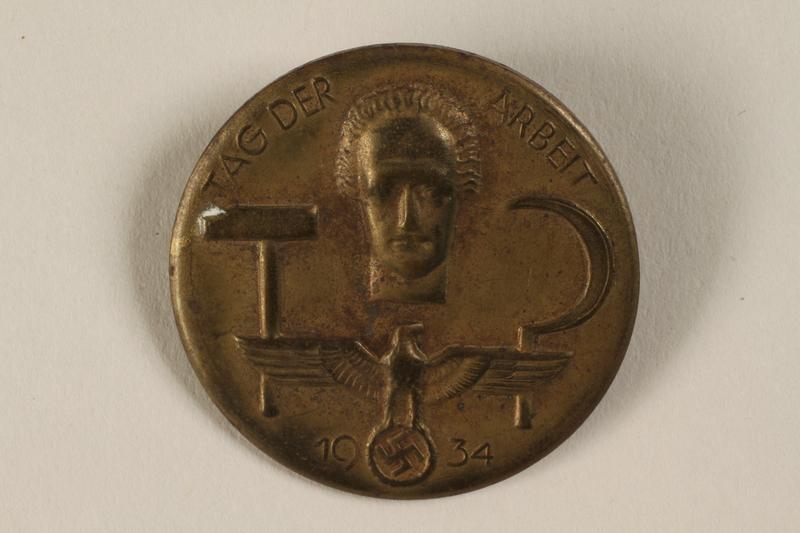 1996.75.43 front Nazi Labor Day badge