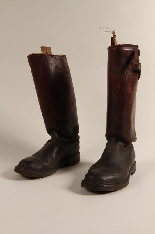 1997.116.1.6 a-b front SA uniform boots