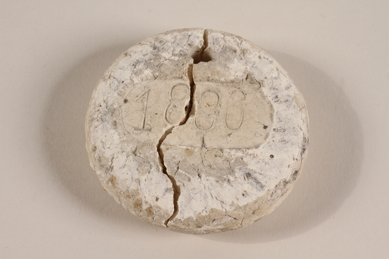 1997.23.1 front Crematorium tag found by a US soldier in Dachau concentration camp after liberation