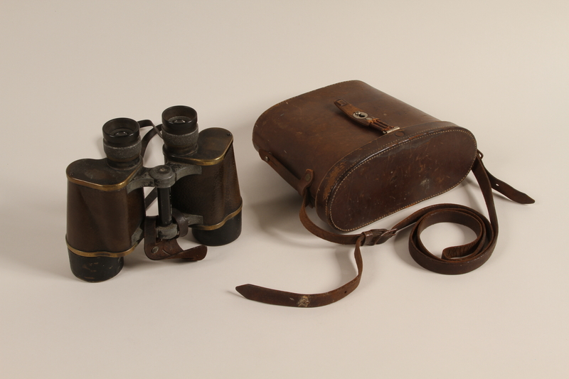 1997.37.1 a-b front Binoculars
