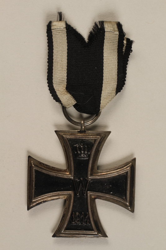1998.131.1_a front WWI Iron Cross 2nd Class medal