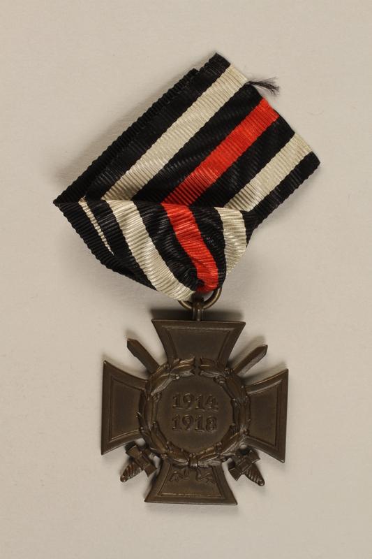 1998.131.2 front Medal