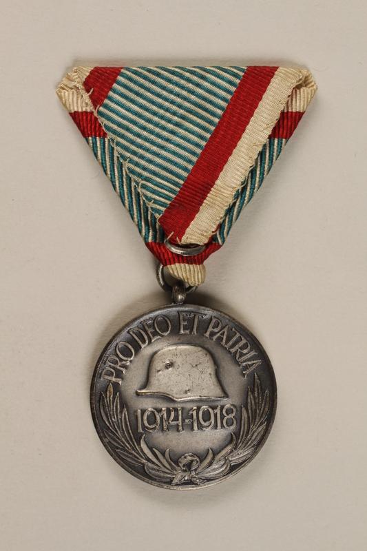 1998.131.4 back Medal