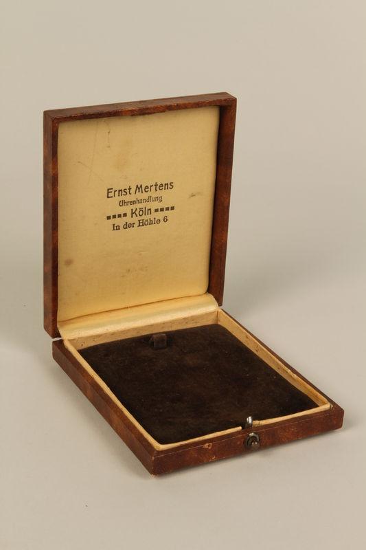 1998.62.31 front Case