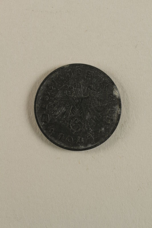 1998.62.37 front Coin