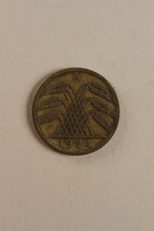 1998.62.62 front Coin