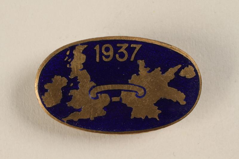 1999.128.1 front Pin