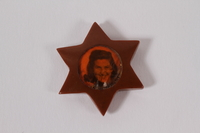 1999.178.1  front Star of David pendant  Click to enlarge