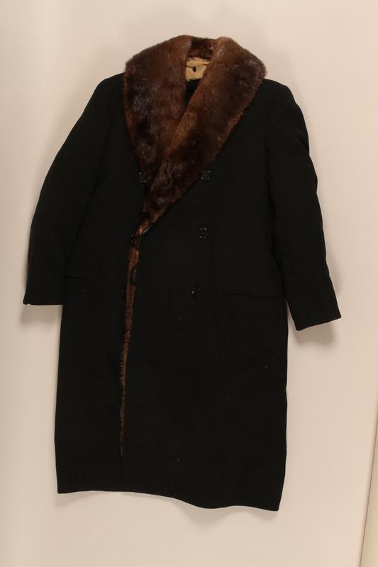 1999.181.1_a front Coat