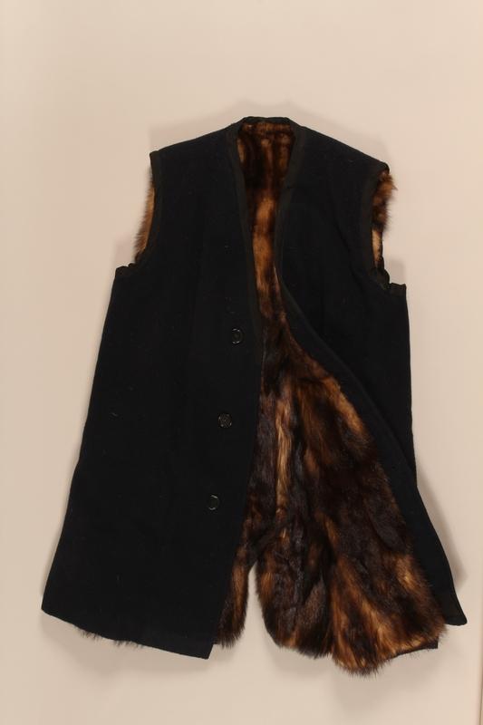 1999.181.1_b front Coat