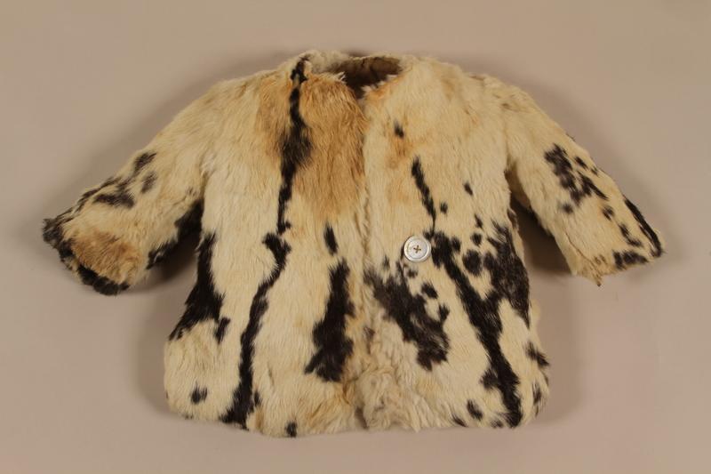 1999.39.1 Fur jacket