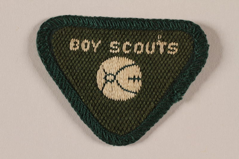 2000.24.11 front Boy Scout badge issued to Jewish refugee in Shanghai