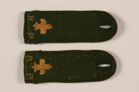 2000.24.14_a-b front Boy Scout shoulder board with fleur de lis  Click to enlarge
