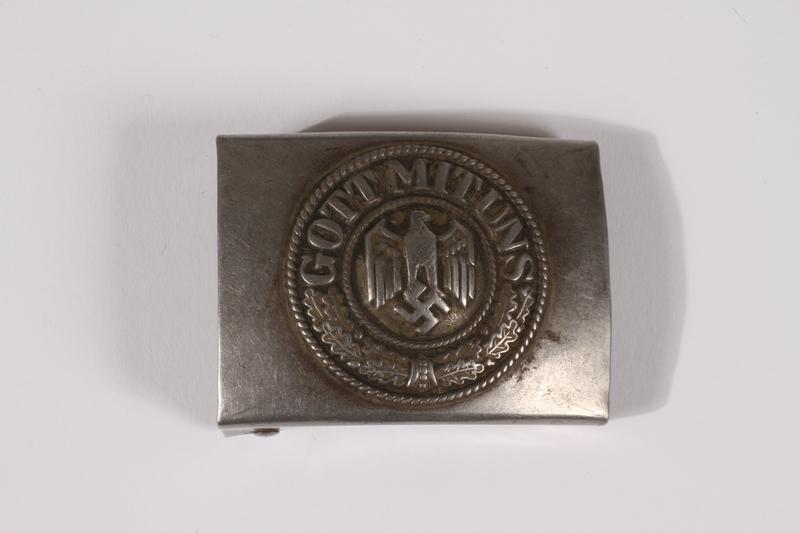 2014.480.56 front German Wehrmacht belt buckle