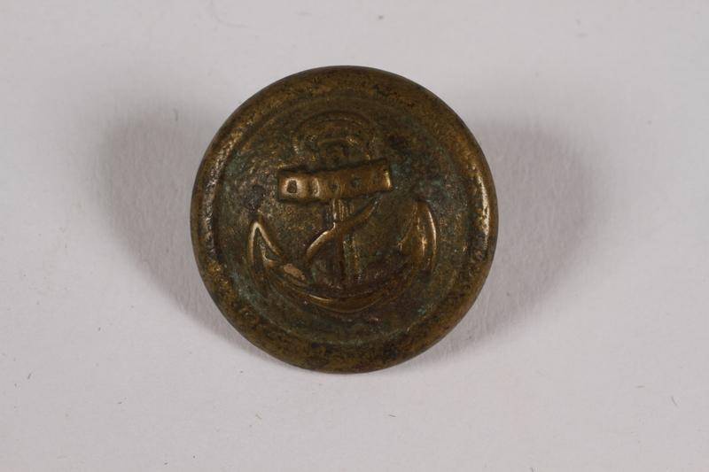 2014.480.66 front Kriegsmarine uniform button